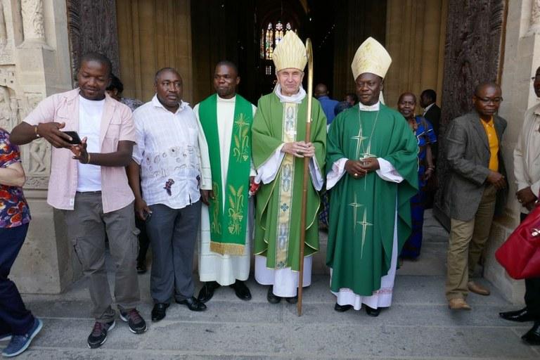 cathedrale-saint-denis-messe-pour-la-centrafrique-mgr-yapaupa-15-juillet-2018