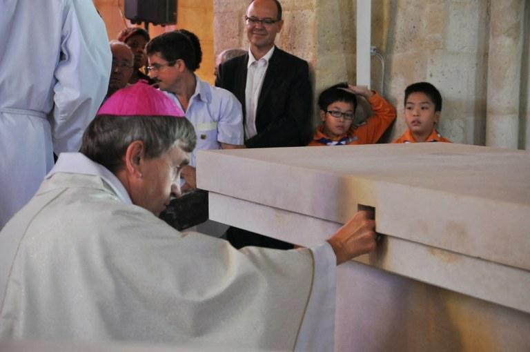 nouvelle-consecration-de-leglise-saint-sulpice-et-notre-dame-a-noisy-le-grand