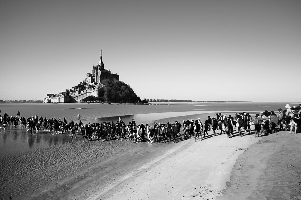 Mont Saint Michel collégiens (c) Michael Bunel CIric