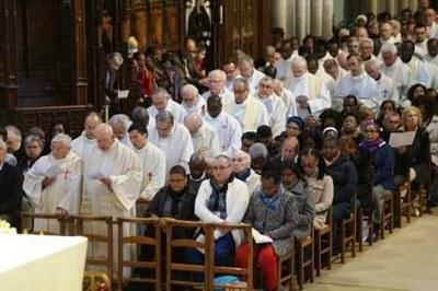 Messe Chrismale 2017 14b - Renouvellement des promesses sacerdotales et diaconales