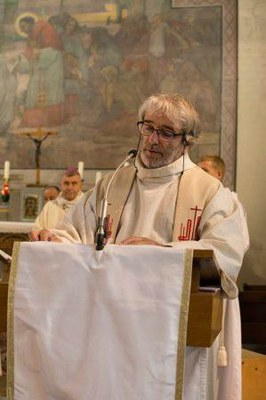 231 Ordination diaconale Florian Wilfred Blanc Mesnil 100917 (c) Spiritains
