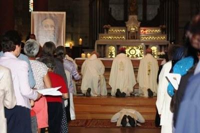 09 Gilbert Julien Fils Charité Ordination presbytérale 030917