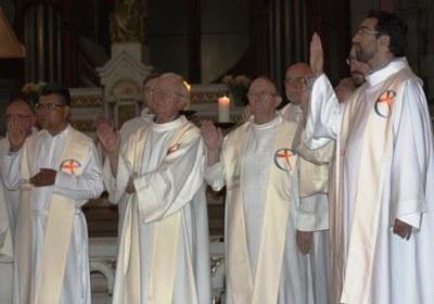 11 Gilbert Julien Fils Charité Ordination presbytérale 030917